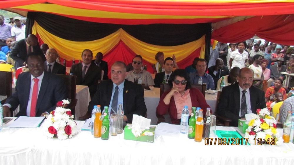 وزير الري يواصل جولته في اوغندا...ورئيس قطاع النيل: المشروعات المصرية أنقذت منطقة