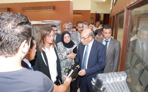 وزير الزراعة يشكل لجنة علمية وفنية لتوثيق النباتات والاشجار النادرة بالمتحف الزراعي