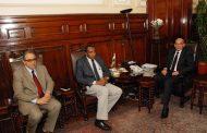 وزير الزراعة يبحث مع مدير المنظمة العربية للتنمية الزراعية موقف مشروعات التعاون المشترك
