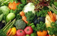 فقط في سوق العبور: الفاصوليا 23 جنيها... والملوخية جنيهان والطماطم 4 جنيه