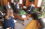 وزير الري يلتقي محافظ الوادي الجديد ورئيس شركة ايروجيت لإستصلاح الاراضي