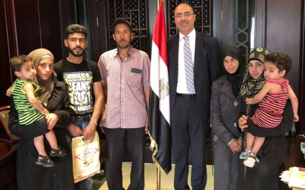 السفارة المصرية في دمشق تنجح في إخراج المحتجزين المصريين من الغوطة الشرقية