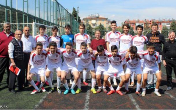 نادي تركي يبيع 18 لاعب لشراء 10 رؤوس ماعز
