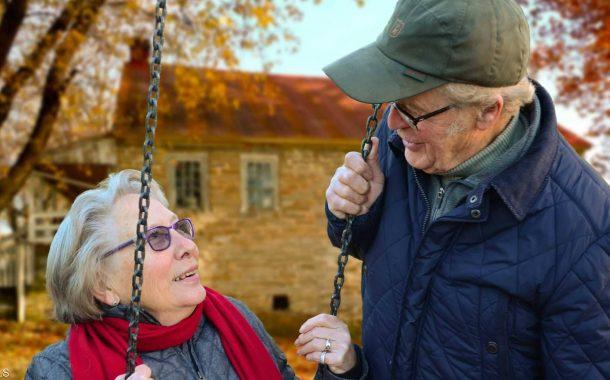 أحدث دراسة: أنا في الخمسين...من هنا تبدأ السعادة