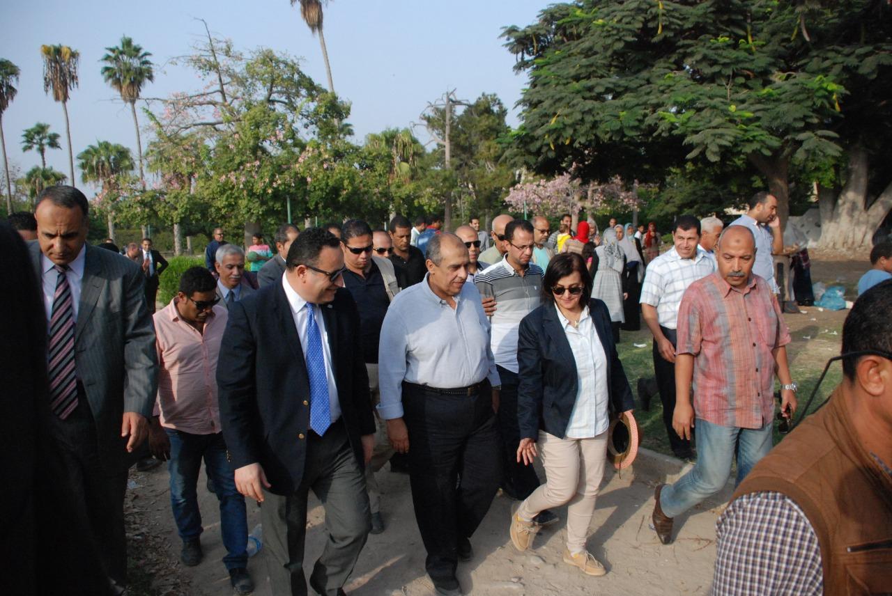 وزير الزراعة ومحافظ الإسكندرية لا بيع لحديقة أنطونيادس