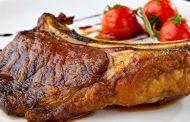 ما العلاقة بين اكل اللحوم والدواجن والاسماك المشوية وضغط الدم ؟ .. تعرف علي الاجابة