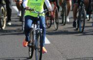 لماذا تقود وزيرة البيئة دراجة في شرم الشيخ؟