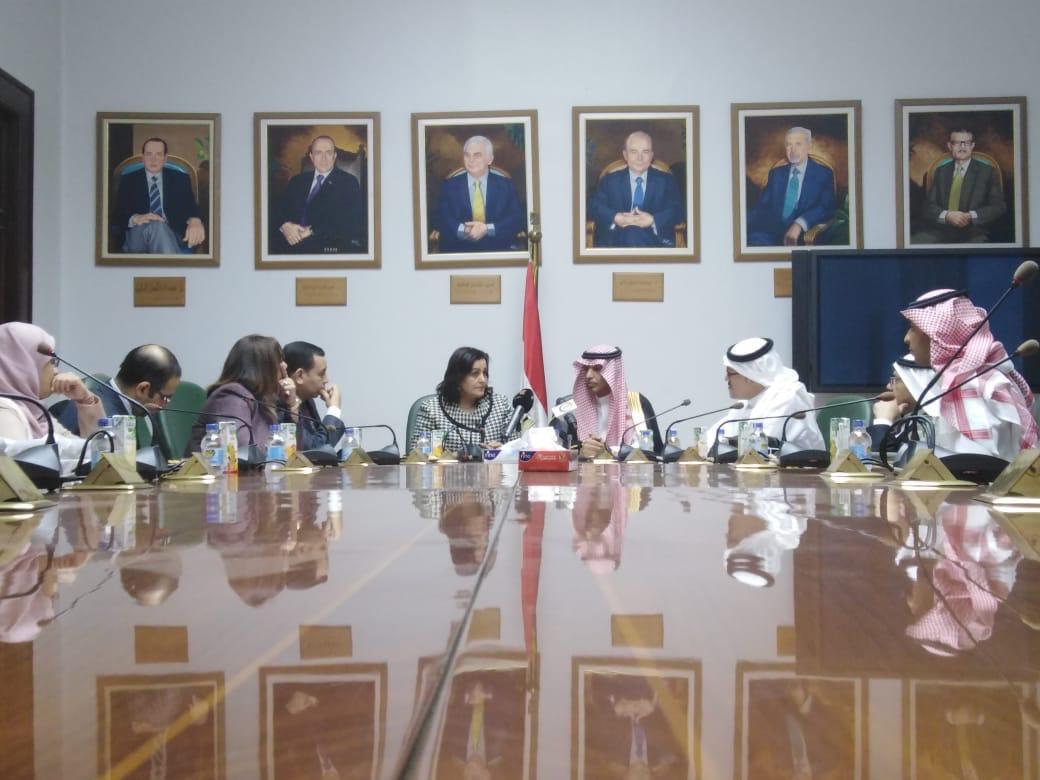 توفير 300 فرصة عمل للأطباء البيطريين المصريين للعمل بالسعودية