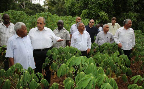 تفاصيل زيارة وزير الزراعة إلى زنزبار وتنزانيا .. بالصور