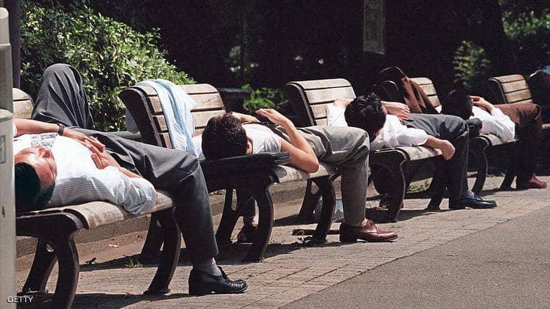 نوم القيلولة ينقذ الجسم من النوبة القلبية ومخاطر ضغط الدم