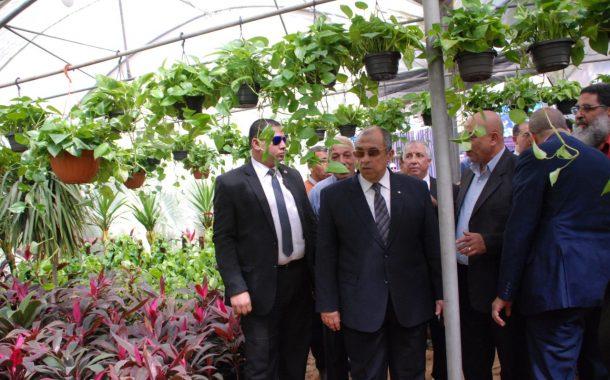 بالصور...وزير الزراعة يتفقد الإستعدادات لإفتتاح معرض زهور الربيع غدا الخميس