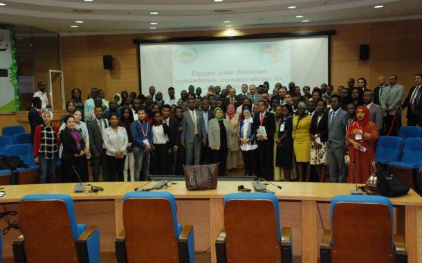 وزير الزراعة خلال لقاءه 100 شاب أفريقي: نستهدف زيادة المزارع المصرية في القارة الأفريقية لدعم العلاقات المشتركة