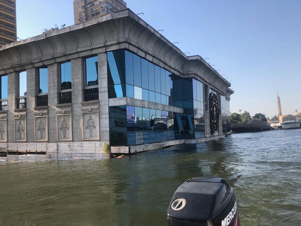 الري تكشف أسباب غرق أحدي عوامات النيل بالجيزة (صور)