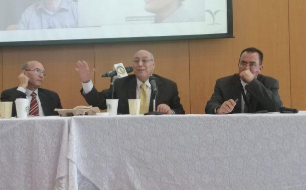 رئيس لجنة المبيدات يشرح خطة مصر للسيطرة علي دودة الحشد أمام ورشة