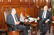 وزير الزراعة يبحث مع نظيره الفلسطيني تكثيف سبل التعاون الزراعي بين البلدين