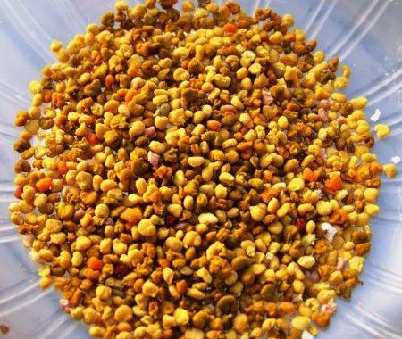 د أحمد جلال يكتب:صمغ النحل وتحسين إضافات علائق الأعلاف